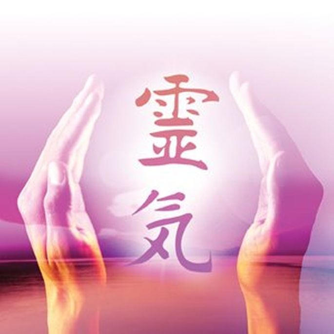 Angel Light is an Approved Training Provider of Reiki Courses and offers Reiki Healings in the Hamilton Hill, Cockburn / Fremantle Area in Perth, Western Australia